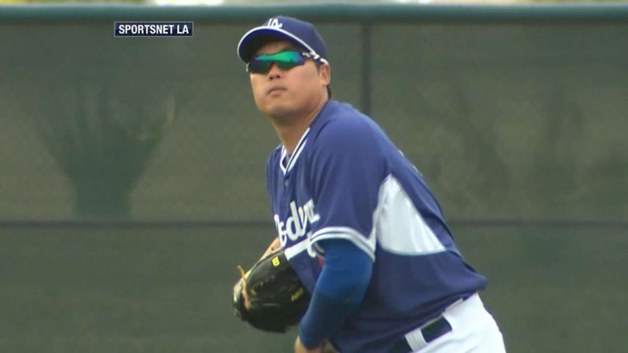 Mattingly: Dodgers looking at options for Ryu's replacement