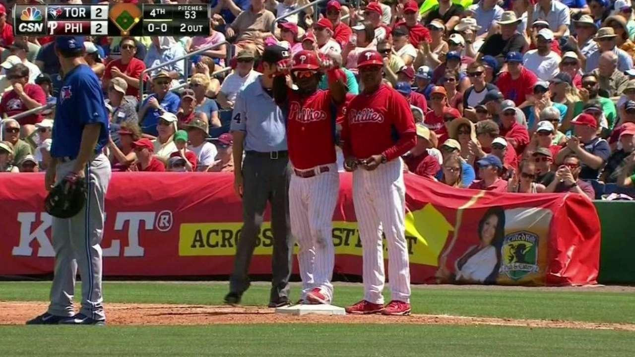 Herrera's RBI base hit