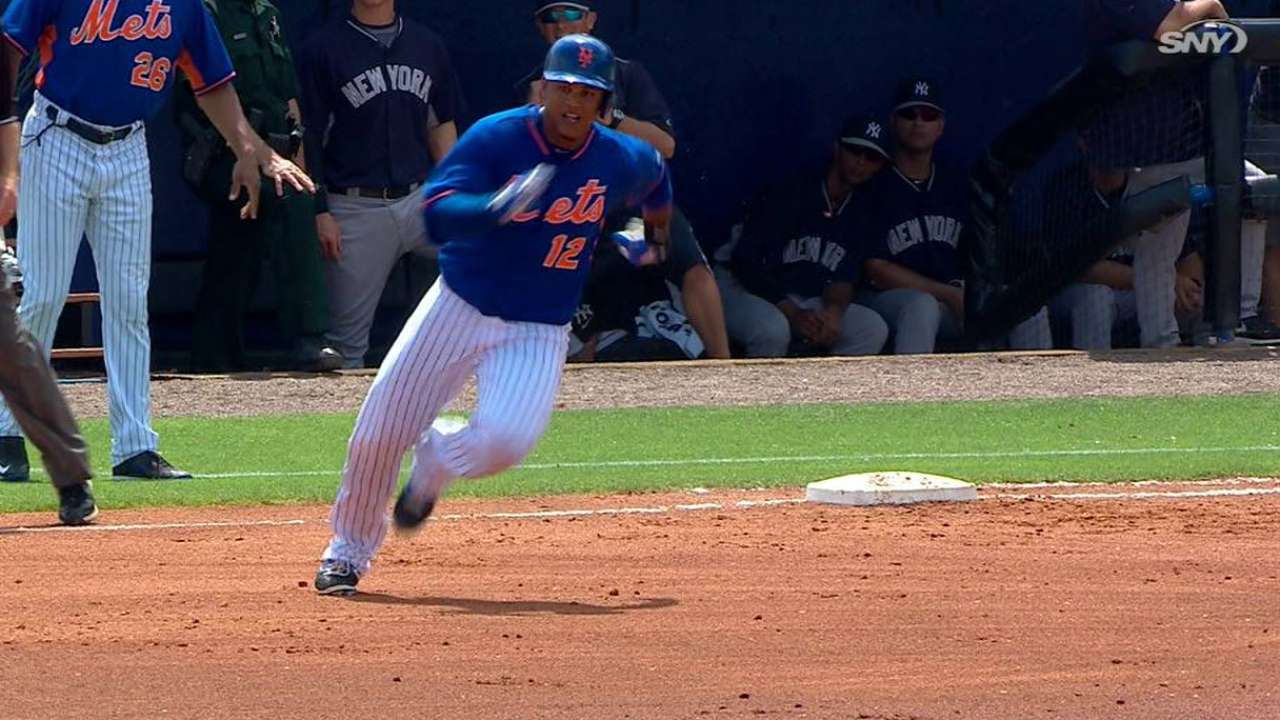 Lagares' inside-the-parker
