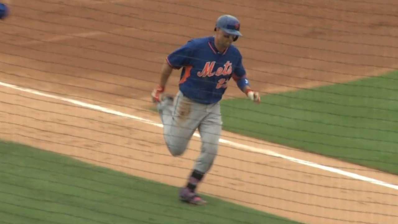 Cuddyer's solo home run