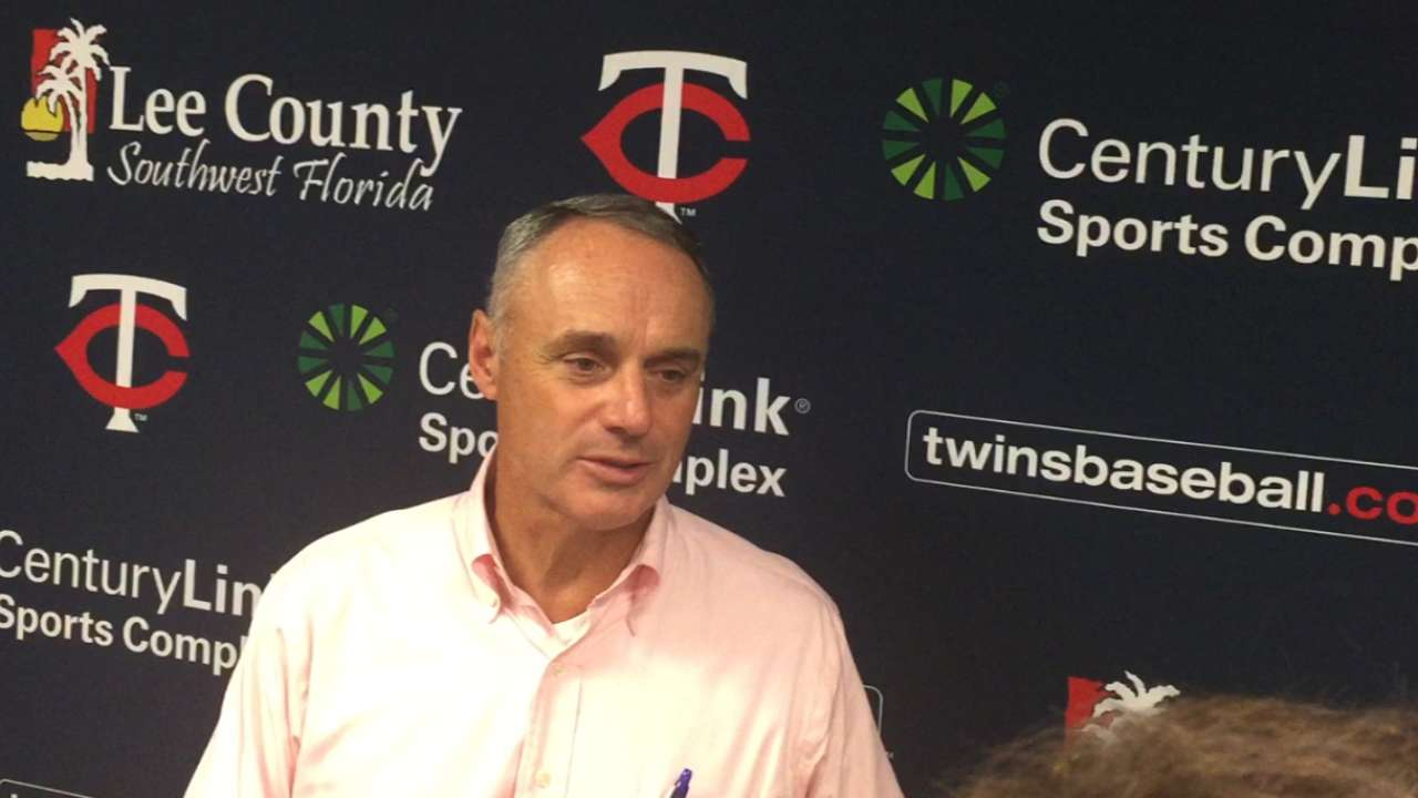 Manfred envisions bright future for Twins