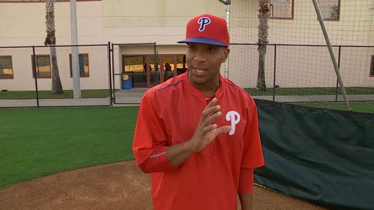Bunting demo with Phils' Revere