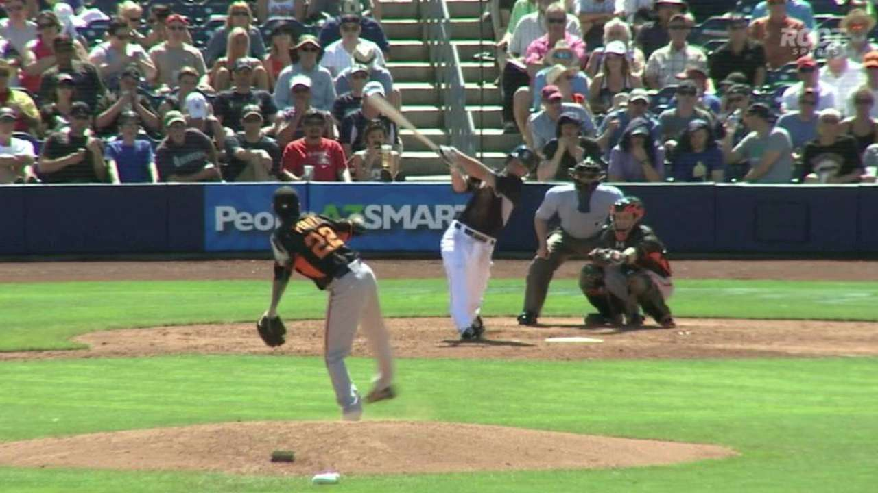 Seager's solo homer