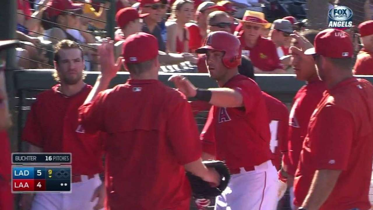 Rutledge's 9th-inning sac fly