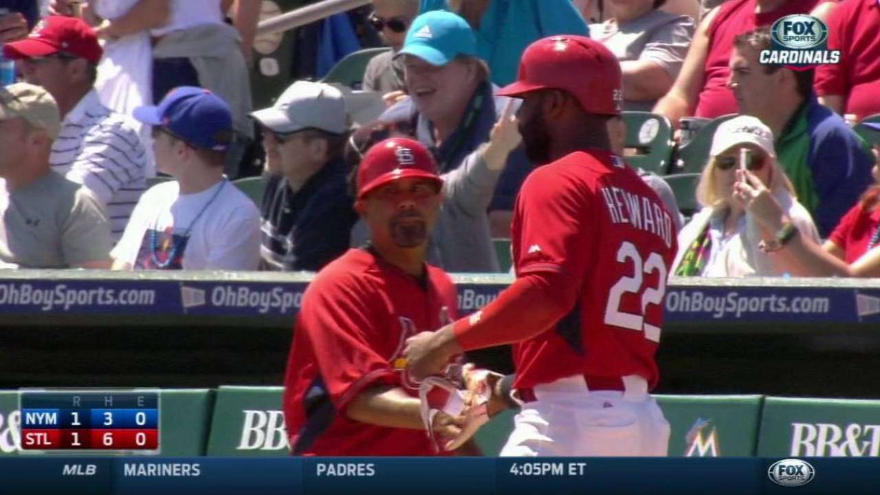 Gonzales, Heyward set pace for Cardinals