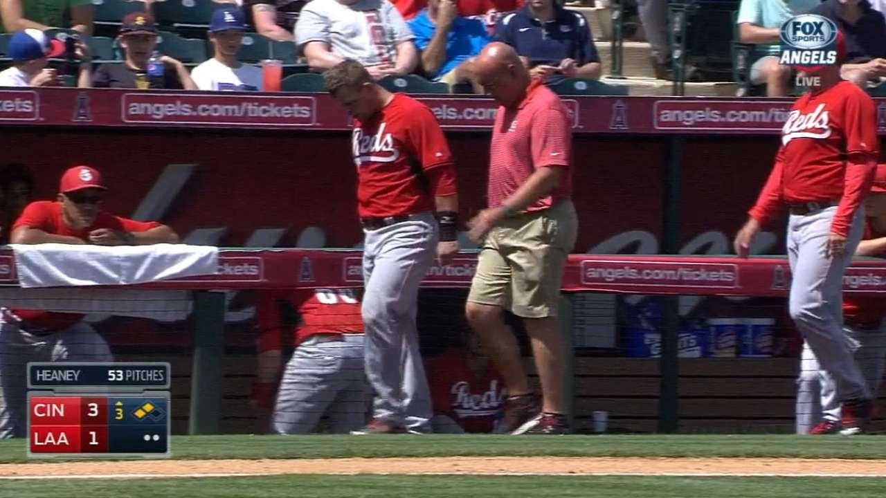 Mesoraco holding off on hip surgery for now