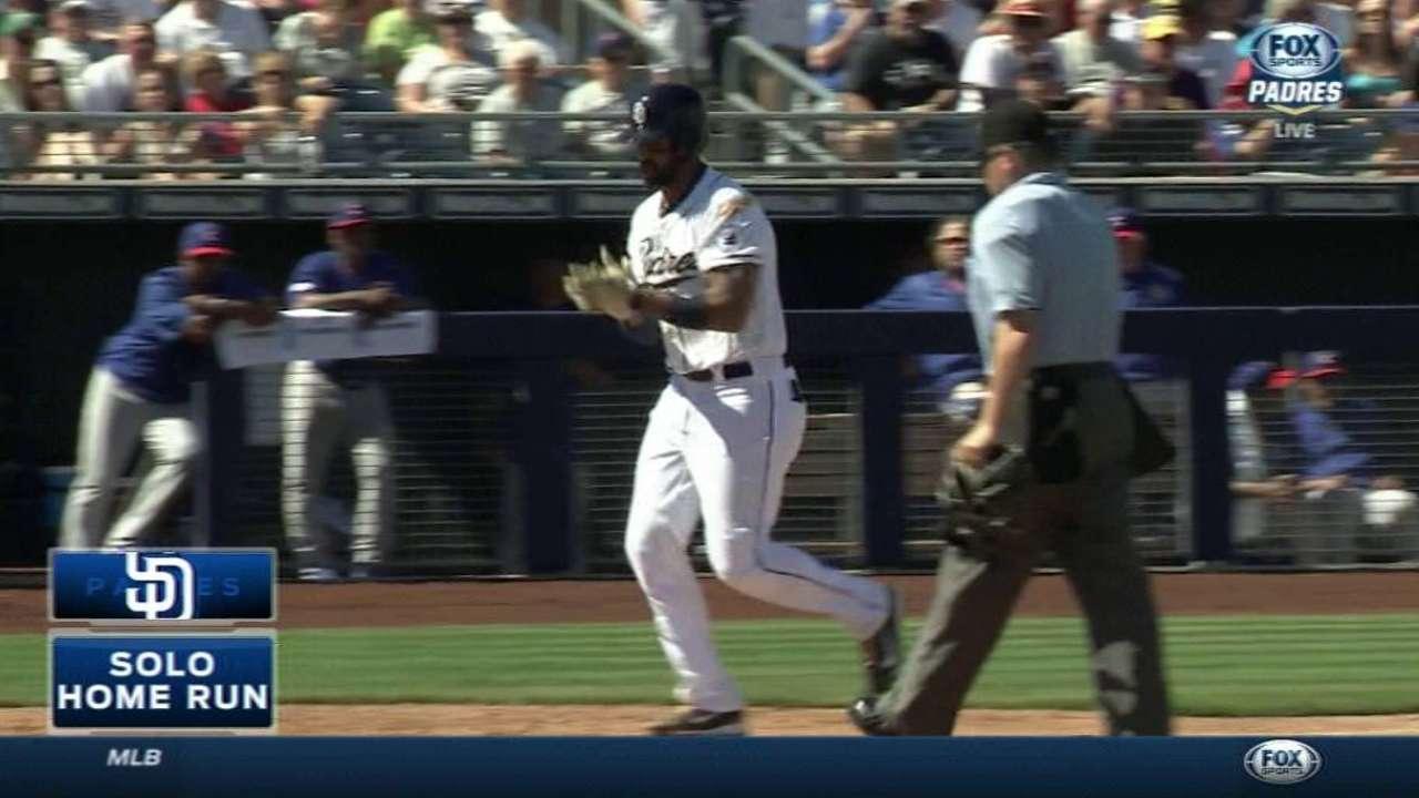 Kemp's homer to left