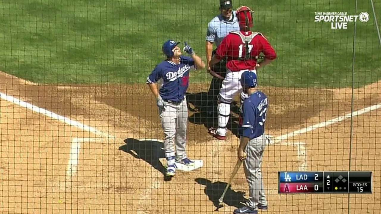 Pederson's two-run homer