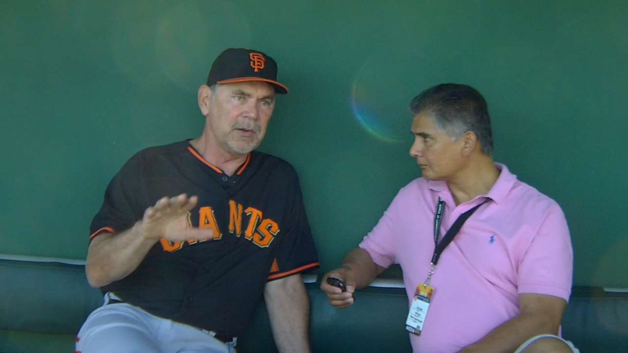 Giants get first look at 'much improved' clubhouse