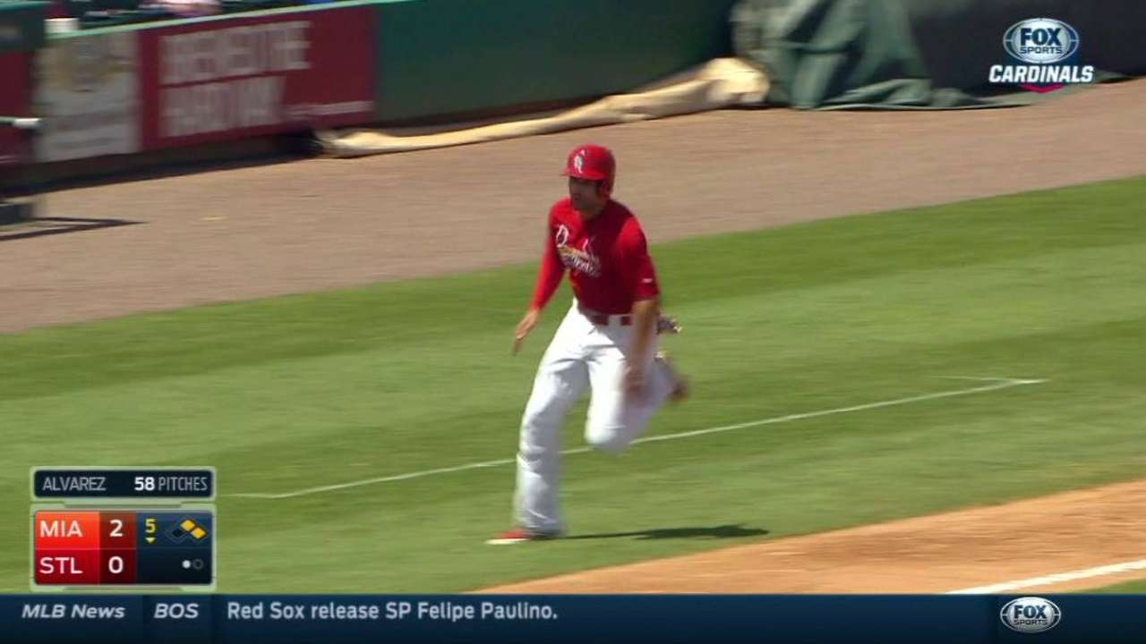 Wong's RBI single in the 5th
