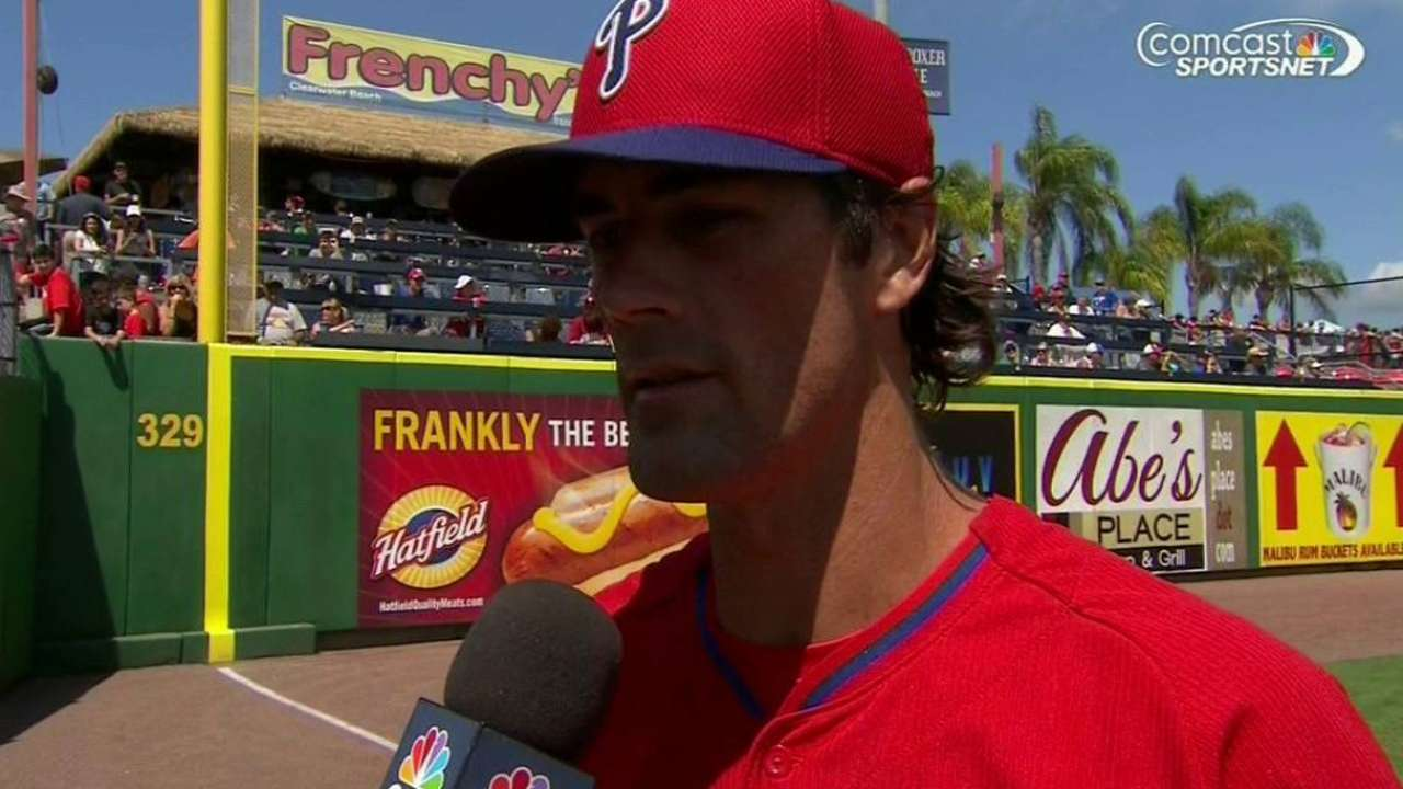 Hamels focusing on starting for Phillies, not trade rumors