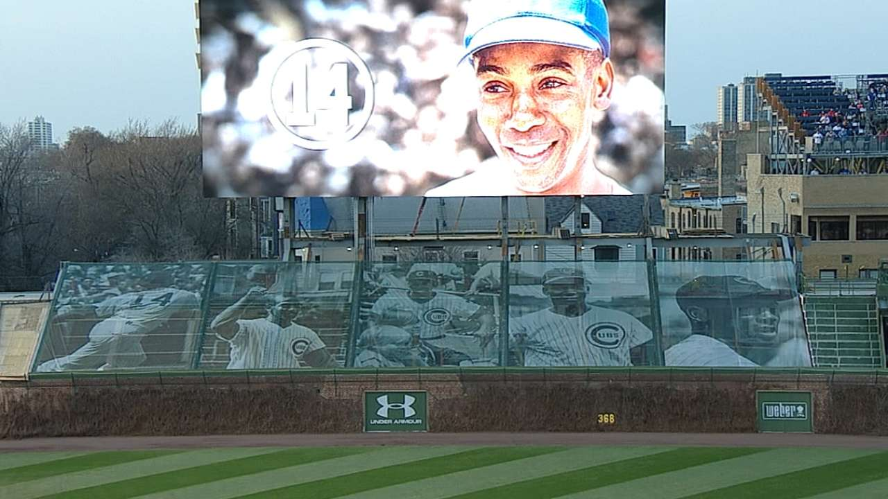 Wrigley Field has moment of silence, video tribute for Mr. Cub