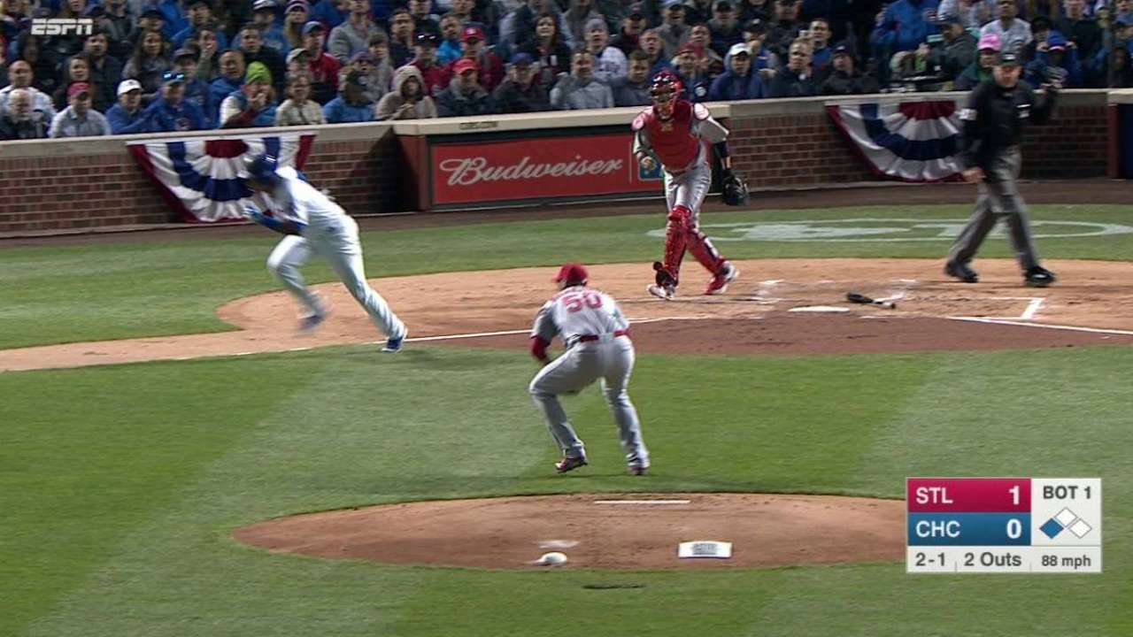Wainwright gets out of the 1st