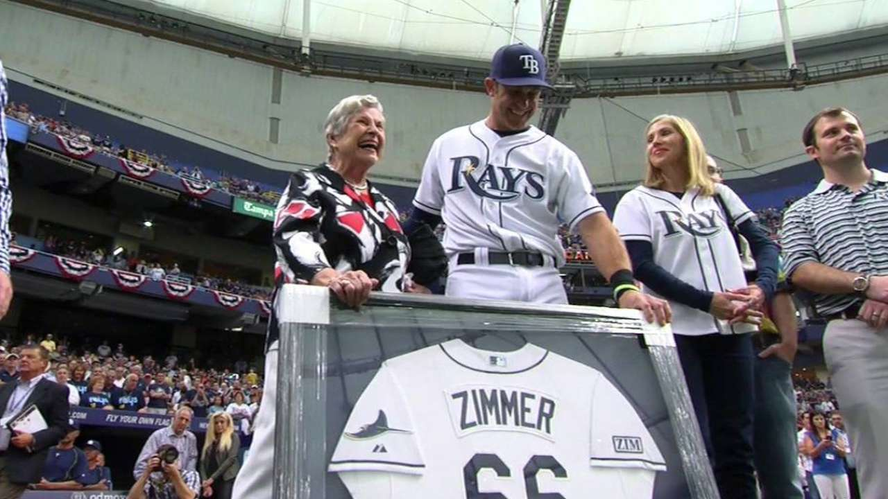 Rays retire Zimmer's No. 66 in Opening Day tribute