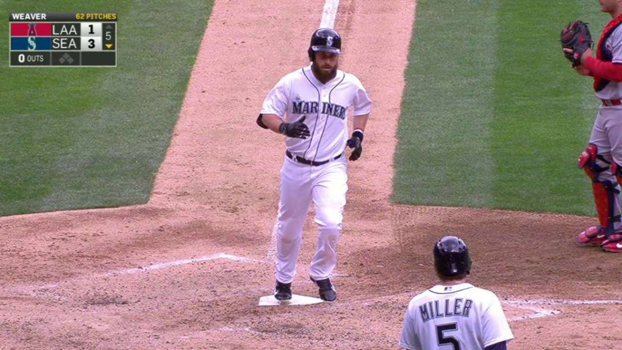 Ackley's solo shot
