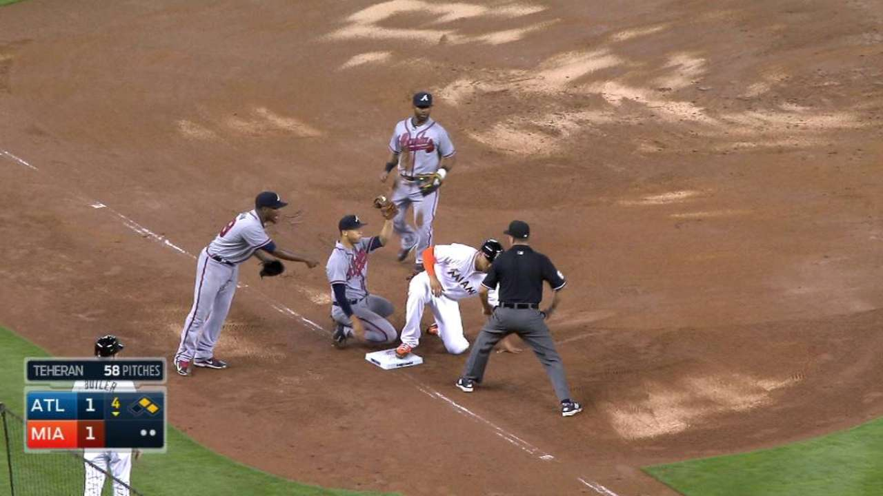 Sloppy play hurts Marlins in close loss
