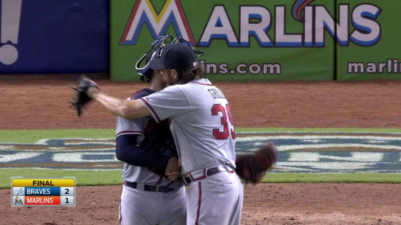 Grilli earns the save