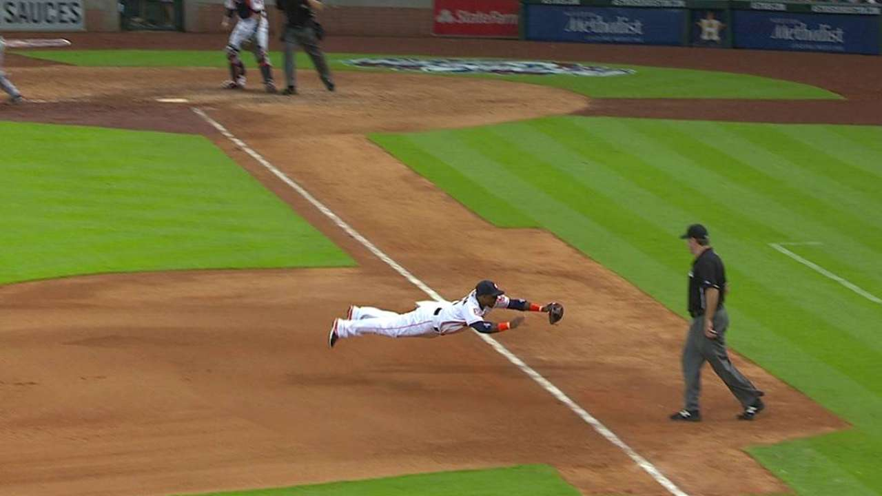Valbuena's diving play