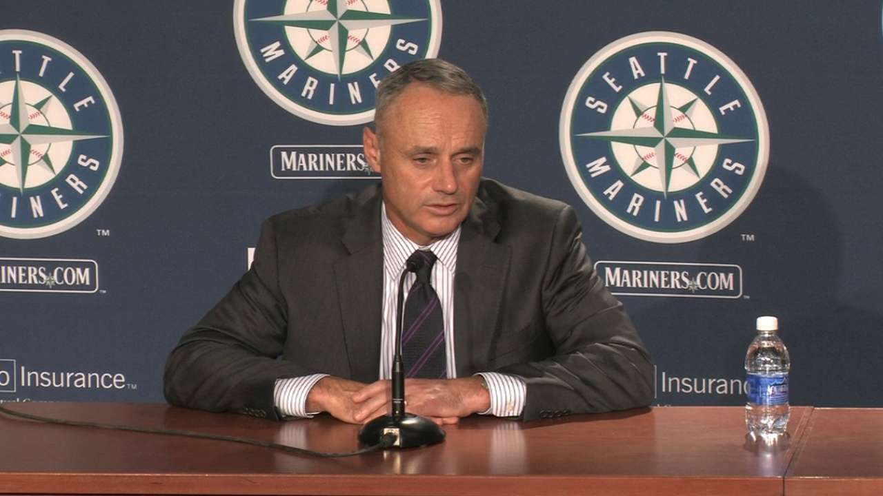 Manfred staying on top of Rays' stadium issue