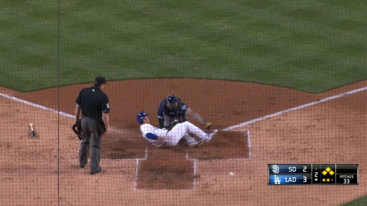 Mattingly defends Puig after baserunning confusion