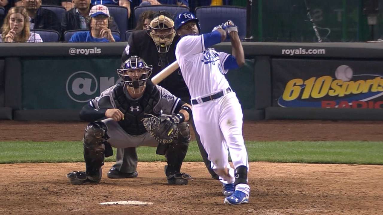 Cain's late HR pushes Royals past White Sox