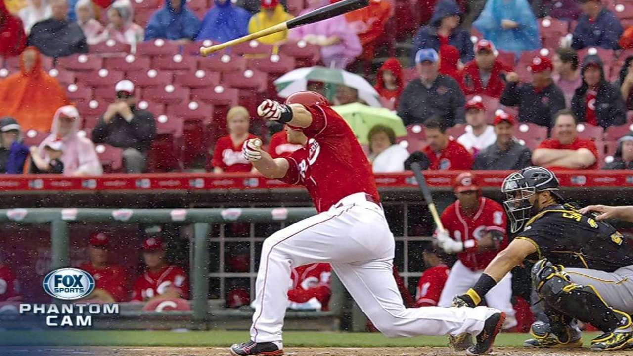 Recovering Mesoraco rejoins Reds in Milwaukee