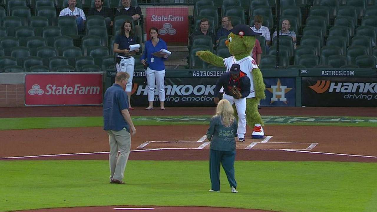 Hofheinz throws first pitch
