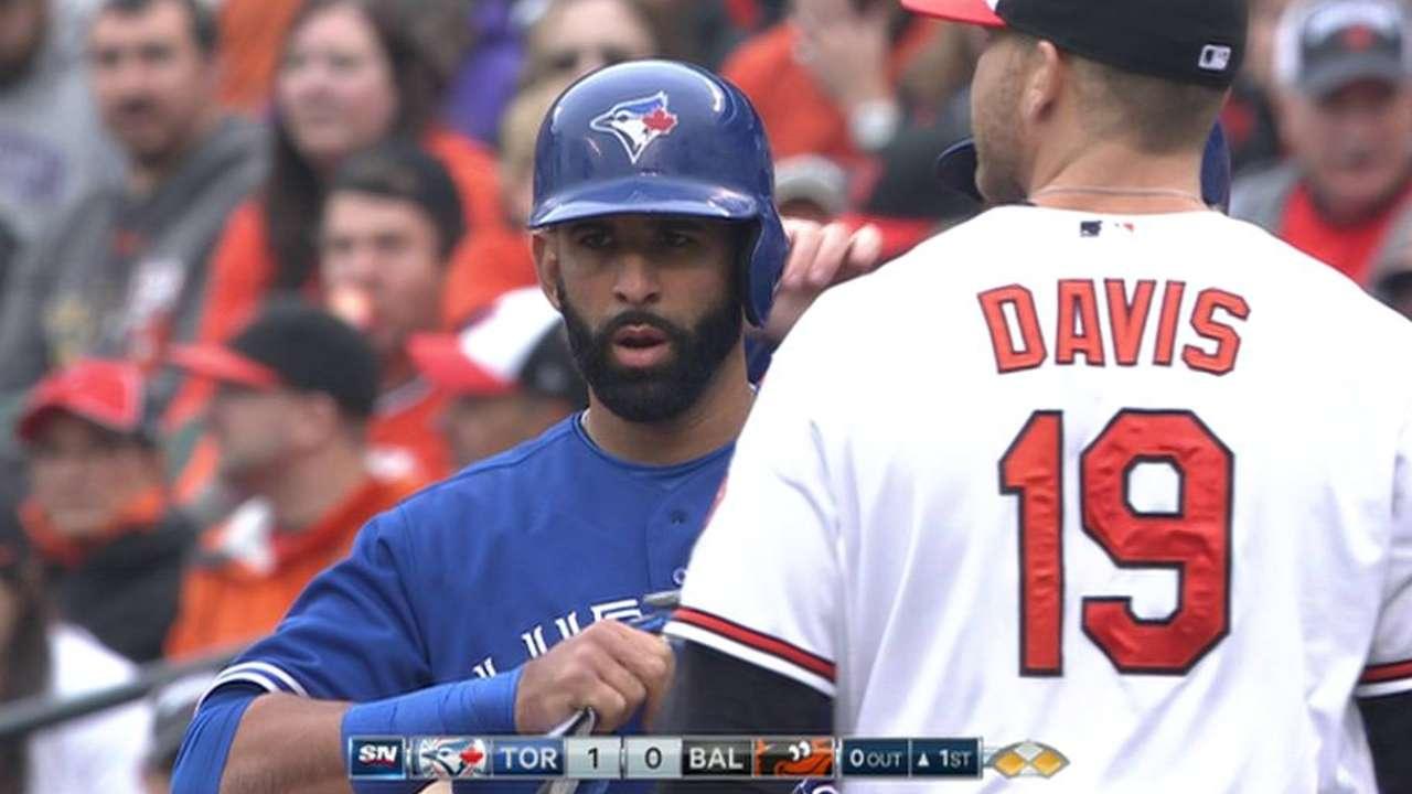 Bautista rompe mala racha y Toronto vence a Orioles