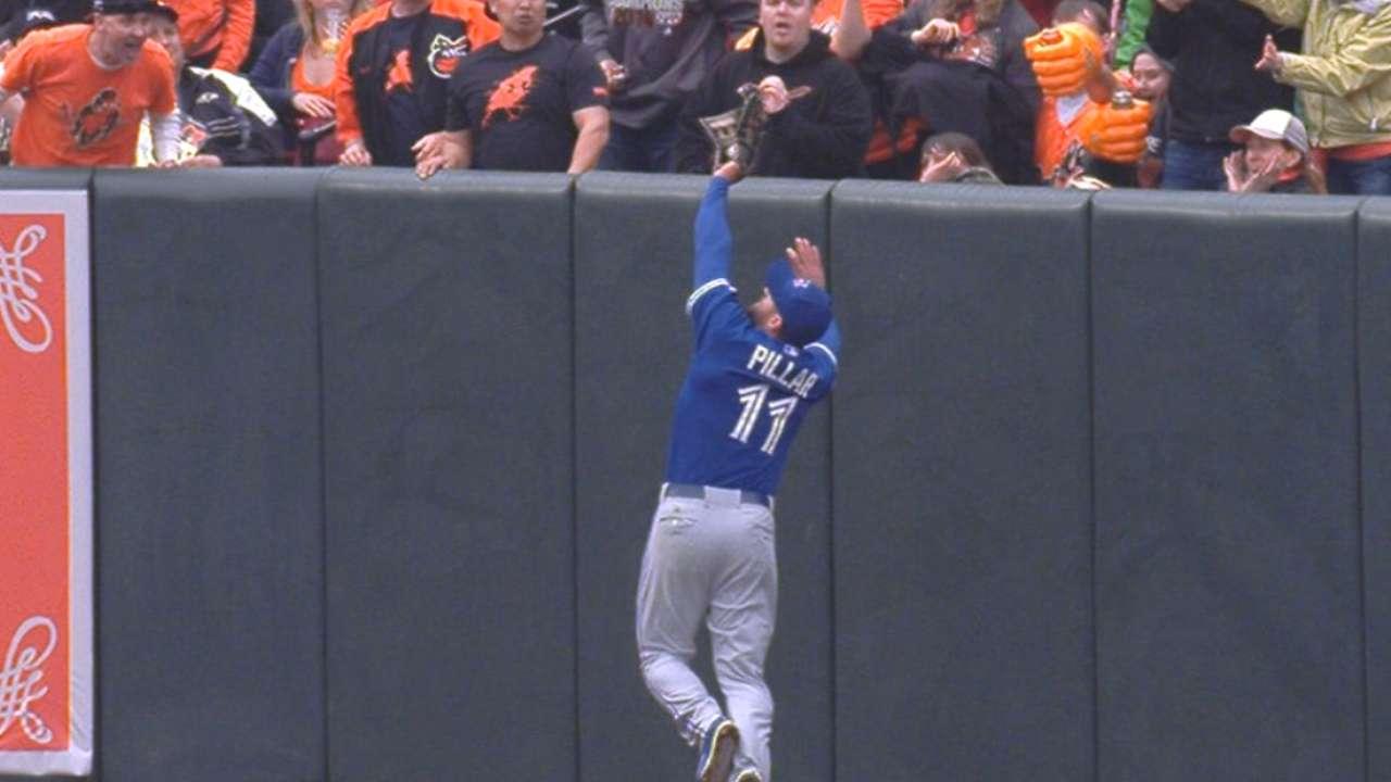 Pillar's dazzling grab highlights Toronto's fielding gems