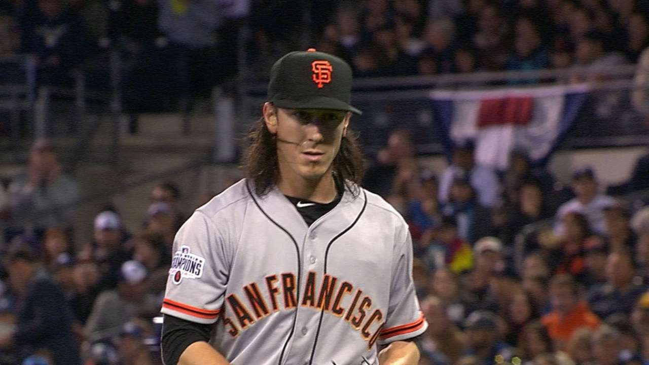 Change the locks: Lincecum gets dramatic haircut