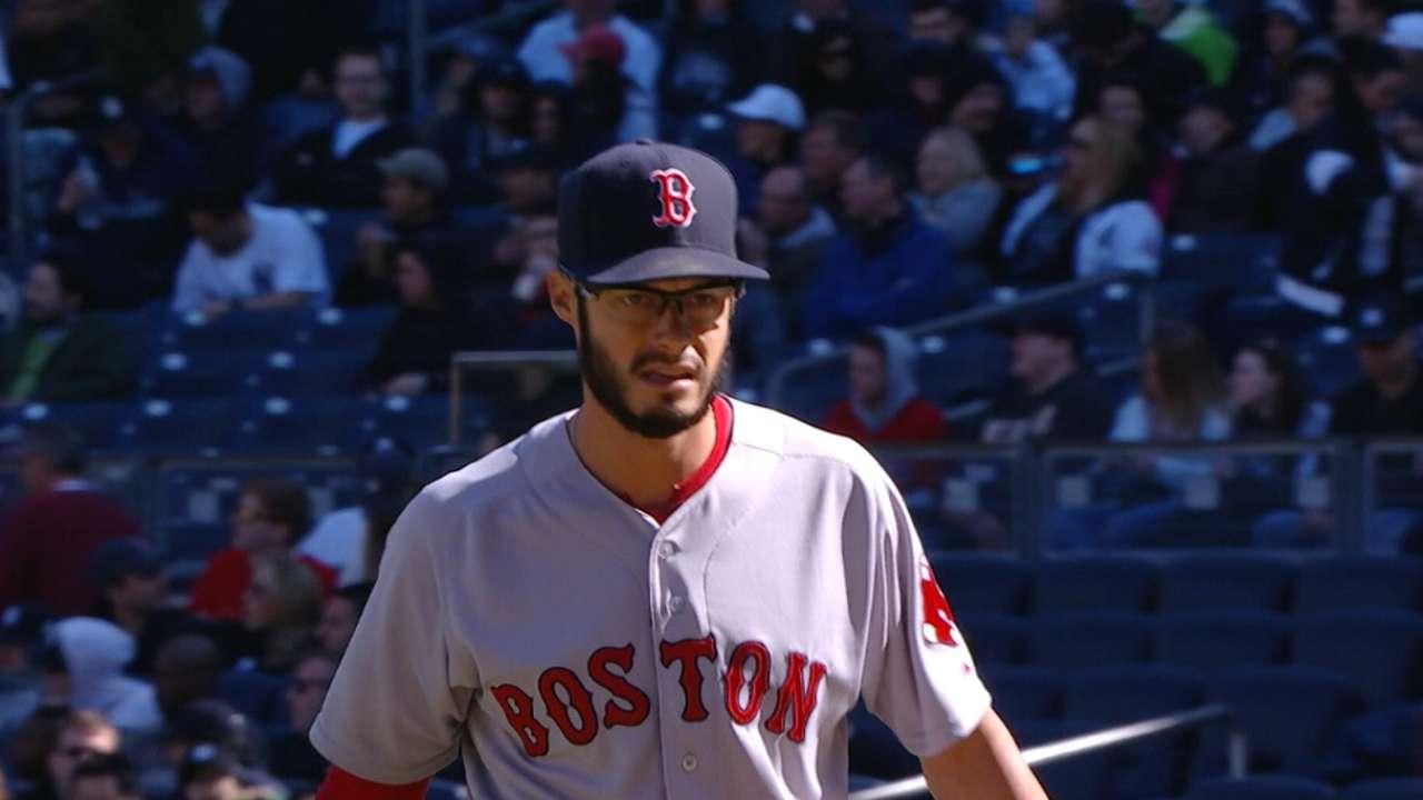 Kelly keeps Yanks at bay as Sox secure series win