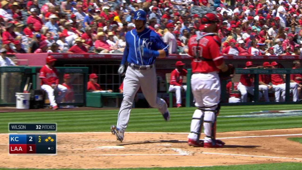 Red-hot Royals go 6-0 with sweep of Angels