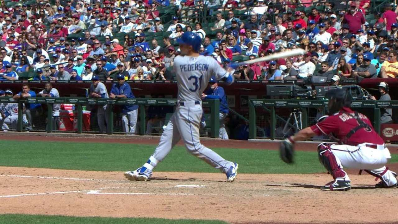 Dodgers hold off D-backs' ninth-inning charge