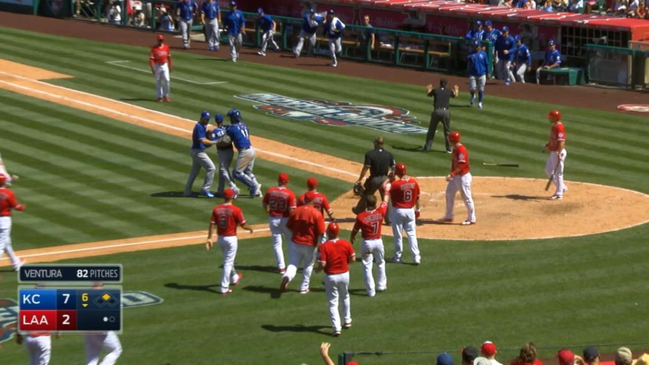 Benches clear at Angel Stadium