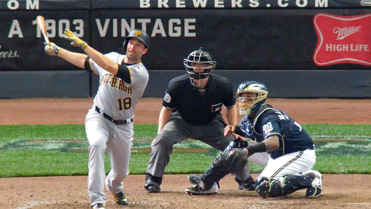 Pirates' six-run 9th inning