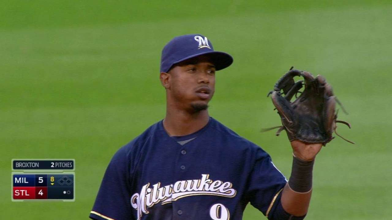 Segura finds redemption with glove in ugly win