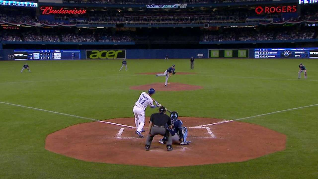 Pillar's double to right field