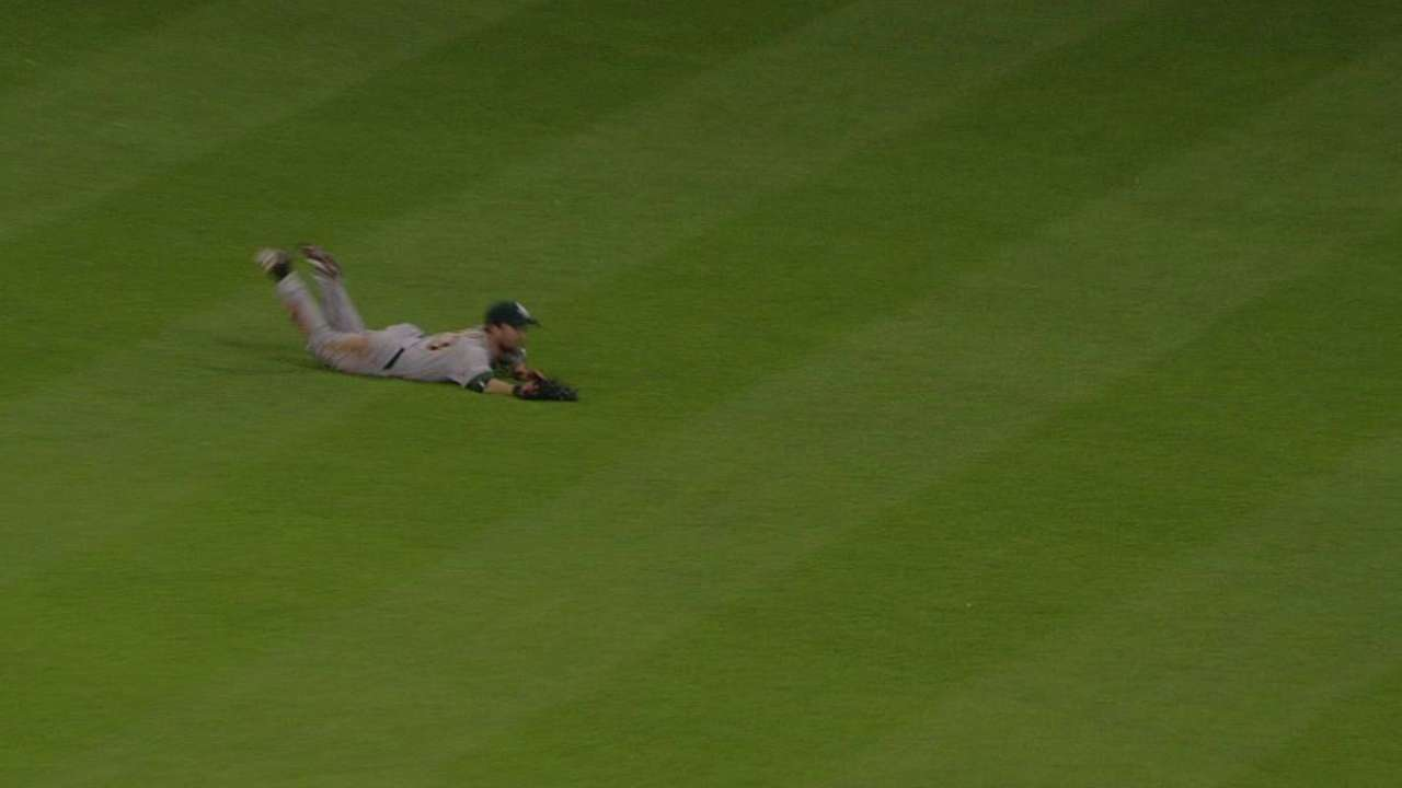 Fuld's awesome diving catch