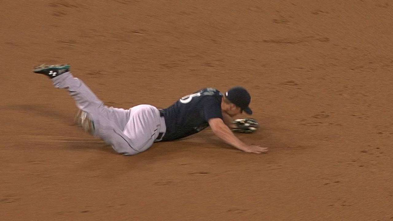 Seager robs Kendrick of a hit