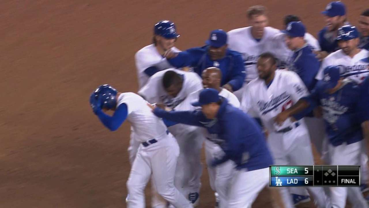 Guerrero delivers in 10th as LA survives Seattle's 4 homers