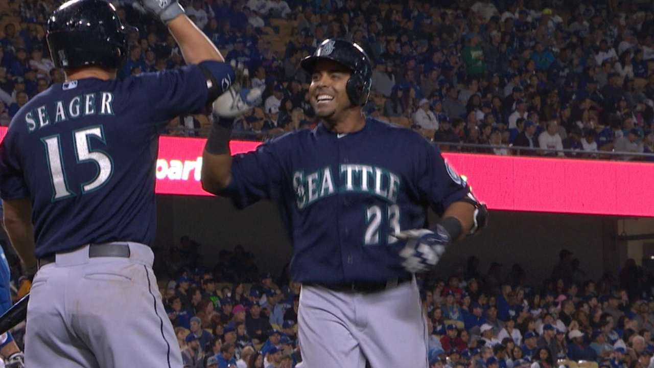 Cruz's two-homer game