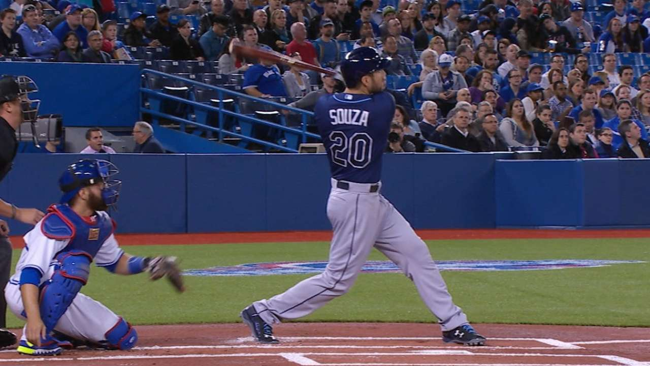 Souza busts out of slump in big way to boost Rays