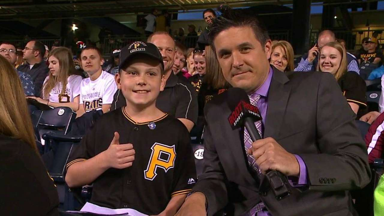 Pirates join together with MLB to celebrate Jackie