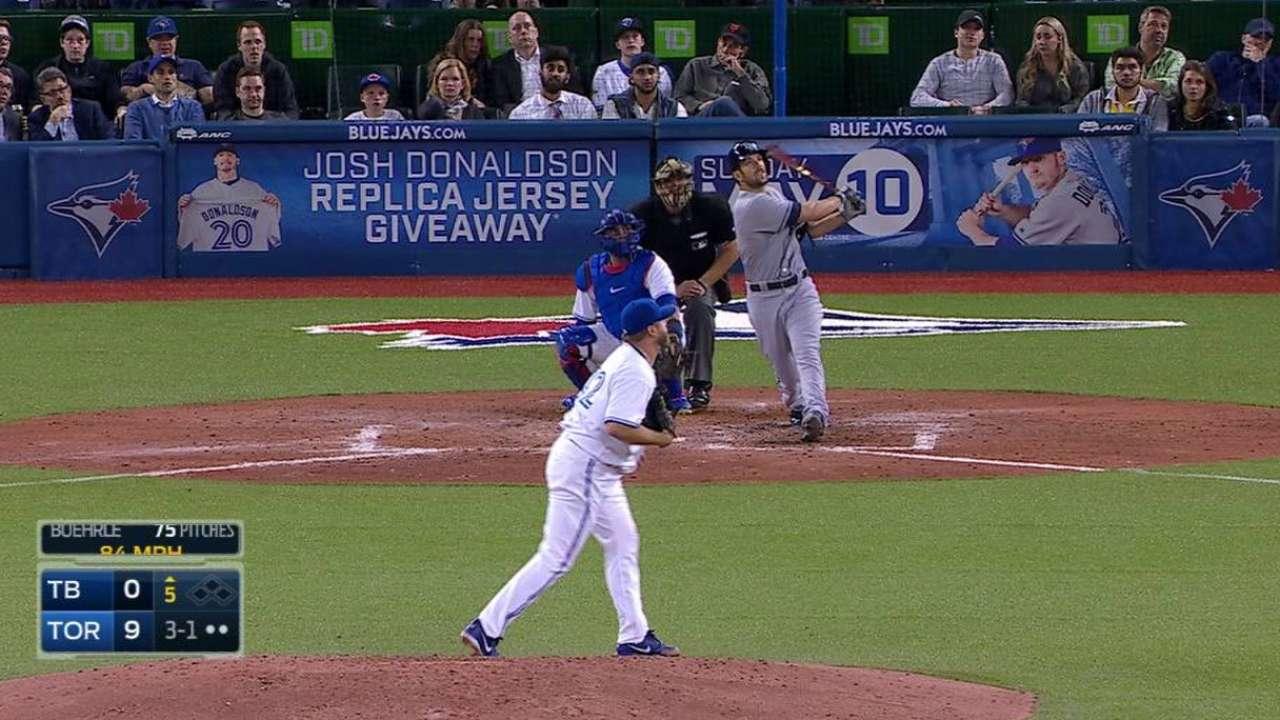 Souza Jr.'s home run