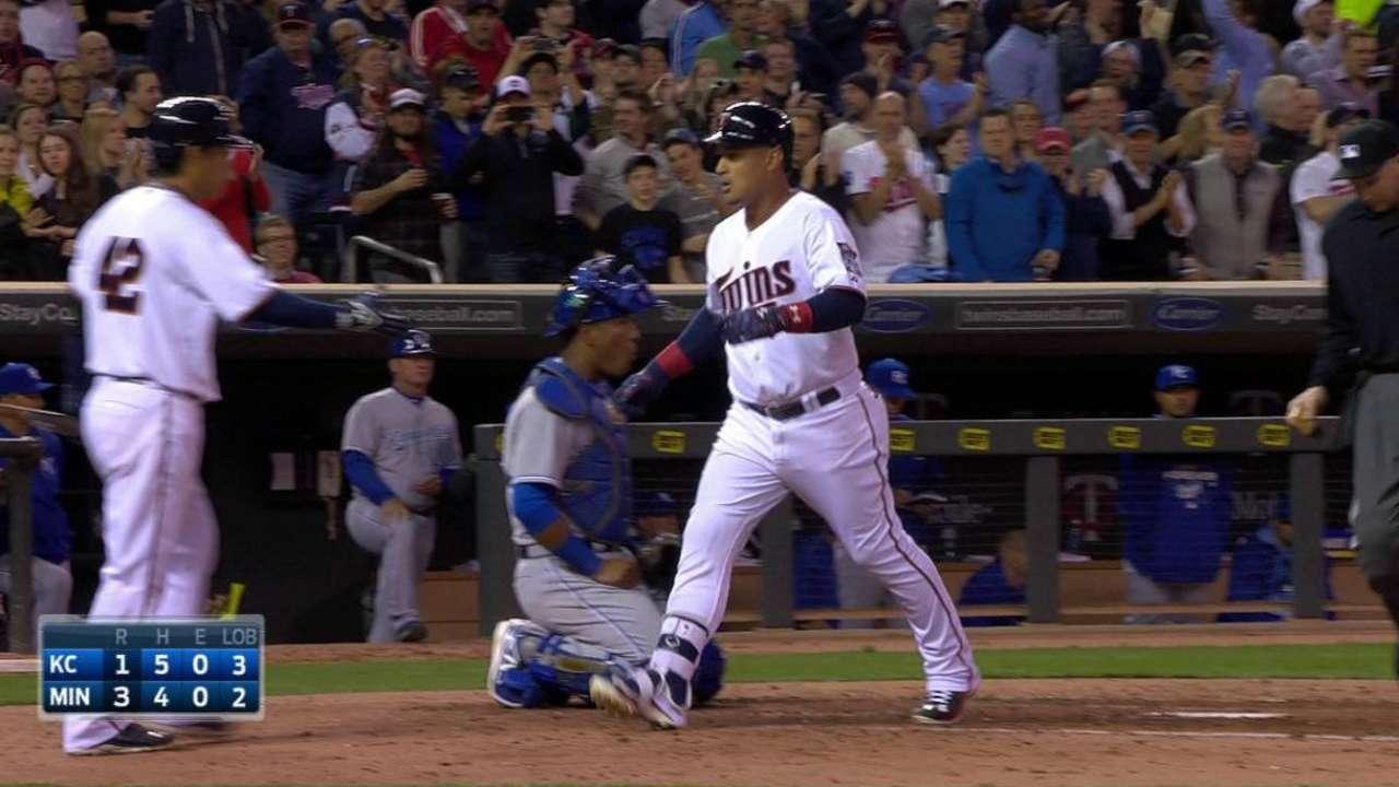 Arcia's two-run homer