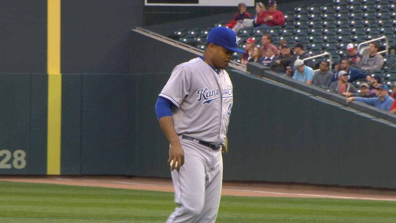 After shaking off Perez, Volquez dwells on 'one bad pitch'