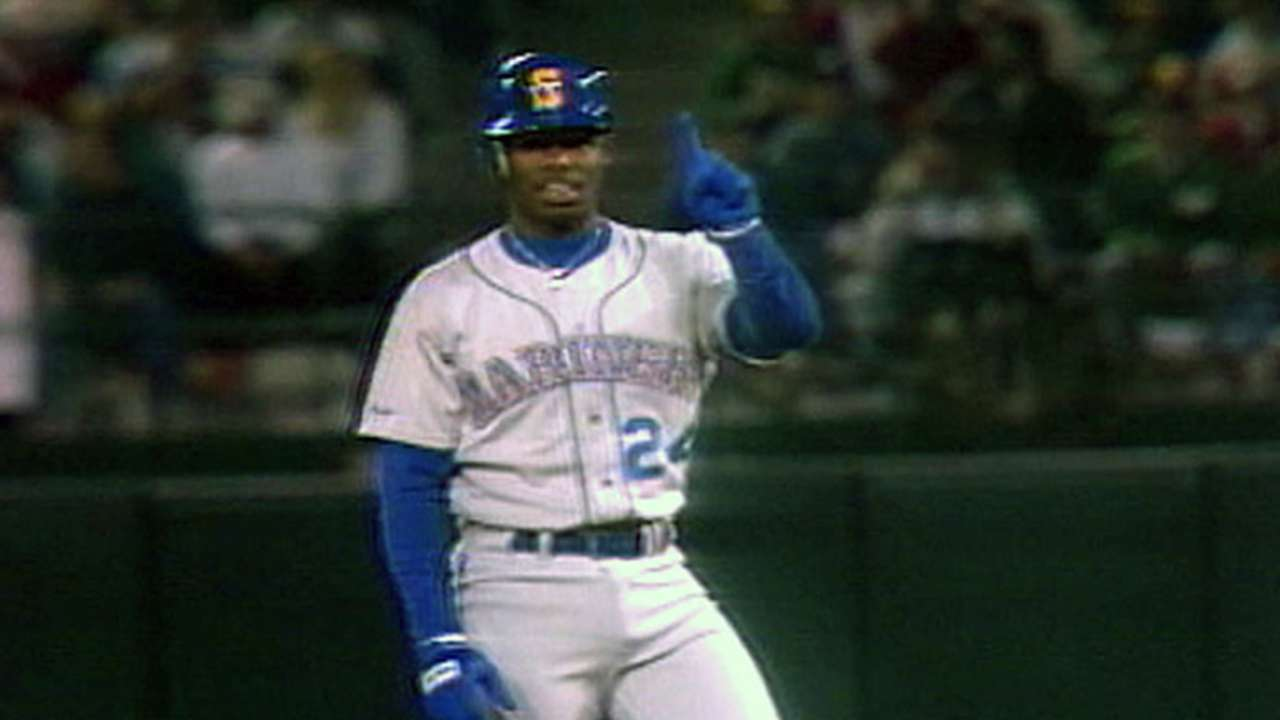 Griffey's path toward Hall started as wunderkind