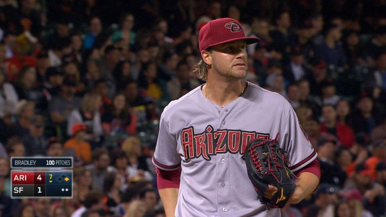 Bradley misses out on history in duel with Bumgarner