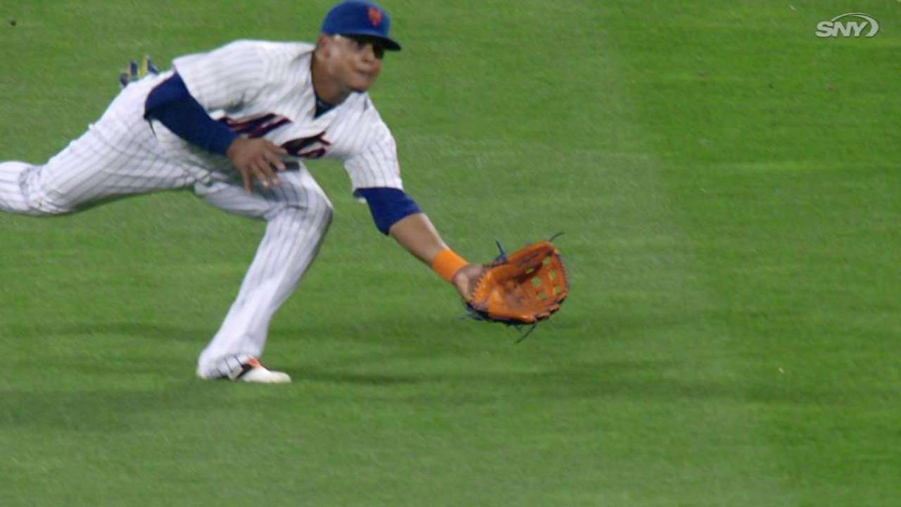 Lagares' diving catch