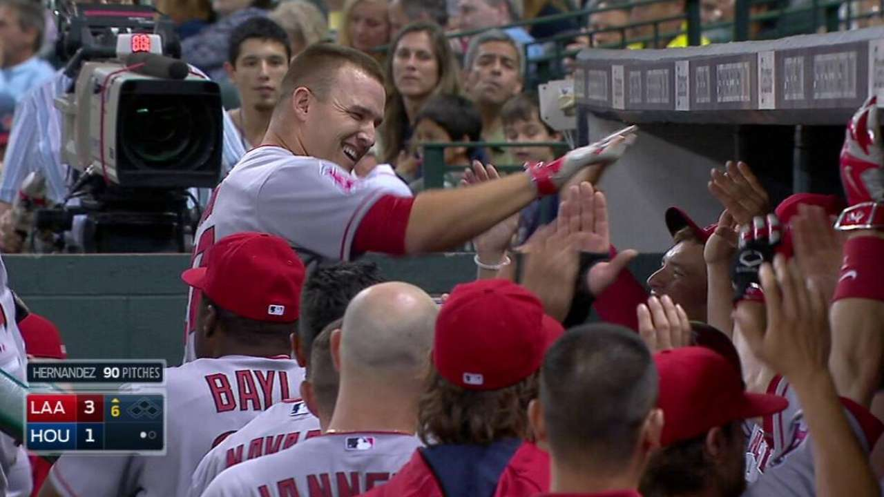 Trout goes deep; youngest to 100 HRs, 100 SBs